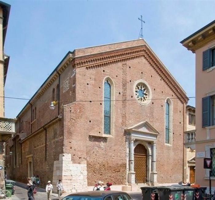 Risultato immagini per Santa Maria della scala Verona